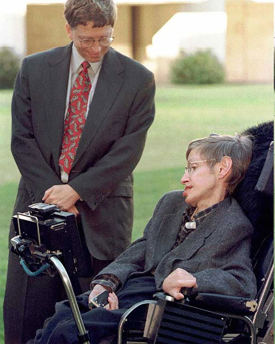 Stephen Hawking si Bill Gates